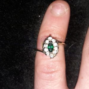 18 Karat Oval Emerald Diamond Ring
